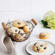 Rezeptideen Wiener Zucker Muffin, Breakfast, Food, Sugar, Puff Pastry Recipes, Benefits Of, Food Food, Morning Coffee, Essen