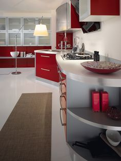 Spar Round Line is designed to make the environment functional and practical. http://spar.it/ita/Catalogo/Cucine/Cucine-moderne/ROUND/Proposta-ROU-3-cd-490.aspx