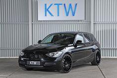 Black BMW E87 5