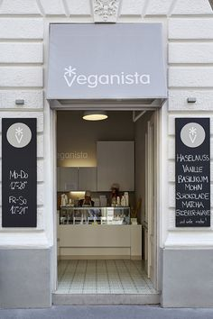 Veganista ice cream parlor by Ulrich Huhs & Gabriele Lenz, Vienna – Austria Design Blog, Store Design, Visual Merchandising, Vegan Magazine, Ice Shop, Artisan Ice Cream, Colorful Ice Cream, Gelato Shop, The Good German