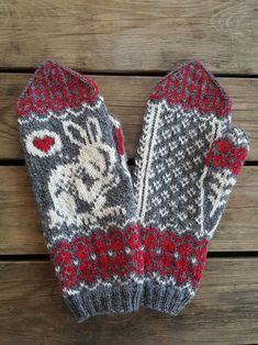 Crochet Gloves, Knit Mittens, Knitting Socks, Baby Knitting, Knit Crochet, Baby Boy Booties, Wool Yarn, Arts And Crafts, February 10