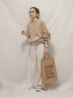 ファッション ファッション in 2020 Hijab Fashion, Fashion Outfits, Womens Fashion, Fashion Tips, Fashion Trends, Fashion Quiz, Japan Outfit Winter, Japanese Fashion, Korean Fashion