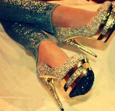 Glam shoes...  And jeans to w/ 'em!
