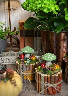 Virág Stúdió - Home Center Dried Flower Arrangements, Dried Flowers, House Plants Decor, Plant Decor, Christmas Crafts, Christmas Decorations, Holiday Decor, Mushroom Crafts, Wooden Decor