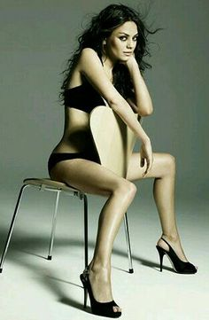 Sexy . Mila Kunis