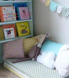 Methode-Montessori baby boy rooms, little girl rooms, baby bedroom, toddler Ikea Bedroom, Baby Bedroom, Girls Bedroom, Baby Boy Rooms, Little Girl Rooms, Reading Nook Kids, Small Space Interior Design, Fashion Room, Kid Spaces