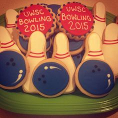 Bowling Royal Icing Sugar Cookies by @cookiesbykatewi #bowling #pins #cookiedecoration