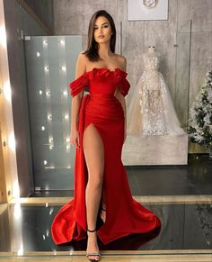 Pretty Quinceanera Dresses, Cute Prom Dresses, Prom Outfits, Red Dress Prom, Dama Dresses, Event Dresses, Beautiful Evening Gowns, Beautiful Dresses, Short Prom Dresses