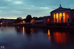 Sunset over the river Lee in Cork, Ireland (long exposure)