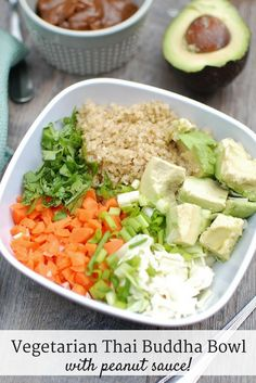 This thai buddha bowl is full of fresh ingredients like quinoa, cabbage and carrots. A peanut sauce pulls this healthy vegetarian recipe all together! Vegan, gluten free, and MSPI variations are included in the post. Best Vegetarian Recipes, Asian Recipes, Healthy Recipes, Vegetarian Food, How To Cook Quinoa, Food Dishes, Main Dishes, Lunches And Dinners, Peanut Sauce