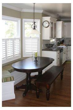 Booth Seating In Kitchen, Kitchen Booths, Kitchen Table Bench, Window Seat Kitchen, Dining Room Bench Seating, Kitchen Window Treatments, Banquette Seating, Kitchen Nook, Kitchen Ideas