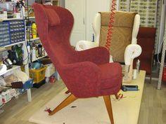 Carl-Gustav Hiort af Örnäs-tuoli Egg Chair, Lounge, Furniture, Design, Home Decor, Airport Lounge, Drawing Rooms, Decoration Home, Room Decor