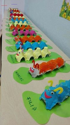 Good Images preschool crafts caterpillar Ideas This page has SO MANY Kids crafts which have been acceptable for Toddler and Preschoolers. I think it's time time pe Kids Crafts, Daycare Crafts, Summer Crafts, Cute Crafts, Toddler Crafts, Easy Crafts, Diy And Crafts, Paper Crafts, Creative Crafts