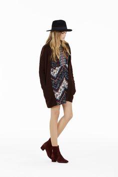 Folk style, la tendenza della stagione diventa cool con il maxicardigan #OVS #OVSaw15 #OVSknitewear