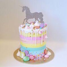 Unicorn Cake Topper by MercAndJones on Etsy https://www.etsy.com/au/listing/238048705/unicorn-cake-topper
