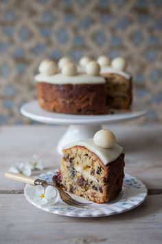 easter regula simnel