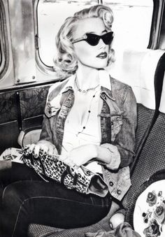 GOOD RETRO LOOK,  GLASSES 50's LOOK, JACKET 60'S, HAIR 40'S ,RED LIPS 40'S