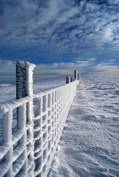 Lake Michigan in the depth of Winter