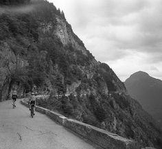 Visual Vinyl - Shooting & Cycling the Alps on 35mm ... No high-profile names or accounts of epic battles for prestigious podium placings in this one and almost certainly no running. Just a set of photos of a group of friends riding some of the iconic roads in the French Alps captured on Ilford 35mm film by analogue devotee Luke Pritchett. ... A big thanks to Luke for sharing his epic (and really these photos probably deserve that over-used word) trip with us. ... #cyclingphotography #35mm…