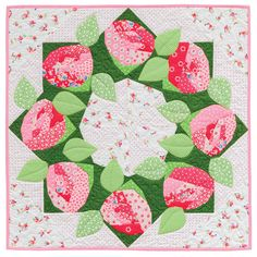 Rose wreath quilt pattern, in:  A Paper-Pieced Garden by Francoise Maarse and Maaike Bakker (Martingale) print version, garden print, paperpiec garden, paper piec