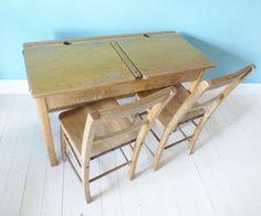 Double 50s kids school desk School Desks, Kid Desk, Lounge Furniture, Bedroom Vintage, Mid Century Furniture, Drafting Desk, Kids Room, Woodworking, Vintage School