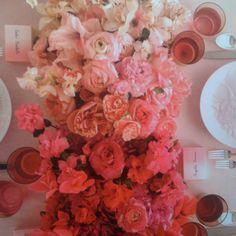 Monochromatic flower arrangement