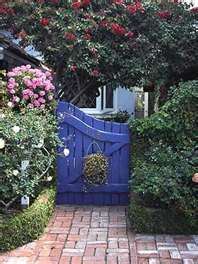 When I paint my house I want to paint this the door and gate door color!