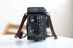 Yashica-Mat 124G