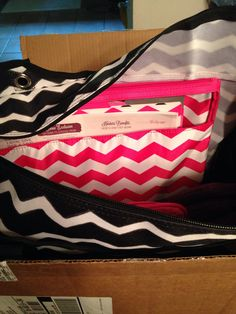 Love the new chevron patterns from #thirtyone