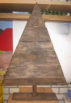 gemaakt van pallet hout.. lijkt me gaaf om te maken