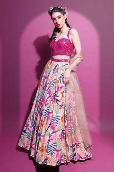 Shop Mahima Mahajan Printed Lehenga Set , Exclusive Indian Designer Latest Collections Available at Aza Fashions Indian Bridal Outfits, Indian Fashion Dresses, Dress Indian Style, Indian Designer Outfits, Designer Dresses, Lehnga Dress, Indian Attire, Indian Wear, Pink Lehenga