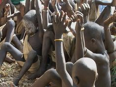 African children praising the Lord... amazing.