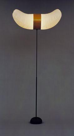 Isamu Noguchi Akari Floor Lamp (model 33S) c. 1951