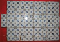 Lot de 20 carreaux faience desvres motif bleu carrelage for Carreaux faience anciens