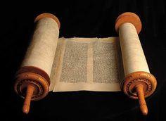 Oleh : dr. Anwar Luthfi, M.Th. _Bismillahir Rahmanir Rahim_ Kitab suci umat Kristen yg disebut Bible...