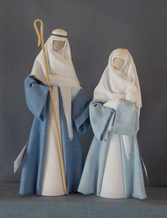 N12: Joseph in mid blue gown, Mary in light