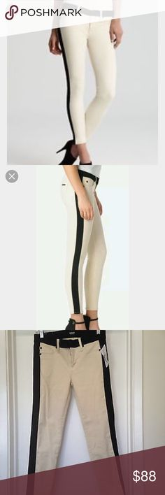 •Hudson• Hudson Leeloo super skinny crop in bone denim with black piping down the leg and around the waist. Size 24, style #WC449DIY, cut #6495, 91% cotton, 6 % poly & 2.5% Lycra Hudson Jeans Jeans Skinny