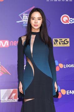 she is so sexy. Running Man Cast, Ji Hyo Running Man, Beautiful Asian Women, Beautiful Celebrities, Beautiful Ladies, Korean Actresses, Korean Actors, Korean Beauty, Asian Beauty