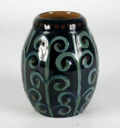 Karlsruher Majolika Keramik Vase Jugendstil Art Nouveau Alfred Kusche Design