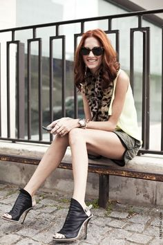 Marie Claire Accessories Director, Taylor Tomasi Hill