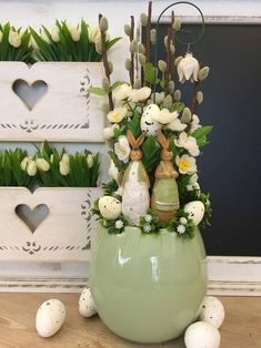 Easter Flower Decorations & Centerpieces that'll spreads the festive charm in the most beautiful way - Hike n Dip, Diy Abschnitt, Easter Flower Arrangements, Flower Centerpieces, Flower Decorations, Floral Arrangements, Easter Plants, Easter Flowers, Easter Tree, Beautiful, Fairytale