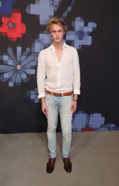 NEW YORK, NY - JULY Model Neels Visser during Tommy Hilfiger Spring 2017 Men's Tailored Collection Presentation at Skylight at 60 Avenue on July 2016 in New York City. (Photo by Neilson Barnard/Getty Images for Tommy Hilfiger) Neels Visser, Manu Rios, Masquerade Ball, Skylight, Hot Guys, Tommy Hilfiger, Suit Jacket, Husband, Mens Fashion