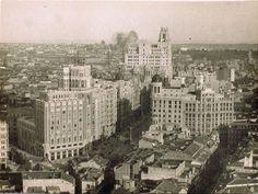 Callao. A la derecha el desaparecido hotel Florida.