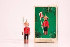 Hallmark 1984 Clothespin Soldier Handcrafted Vintage Christmas Tree Keepsake Ornament Decoration Collectors Series