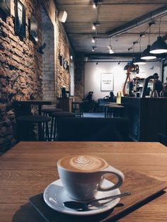 Coffee House Cafe, Cozy Coffee Shop, Cafe House, Coffee Shop Design, Coffee Is Life, Coffee Shops, Coffee Break, Coffee Time, Coffee Art