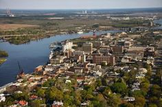 Wilmington, North Carolina, is a pretty little beach town that may look familiar.  Its scenic setting and pedestrian-friendly downtown have served as the setting for movies and television shows ...