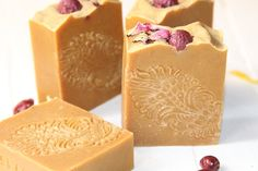 natural soap by naport, rosehips