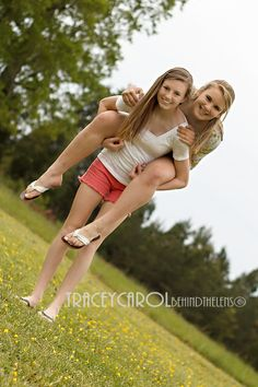 friends, friendship, girls, teens, sisters, teenage, portraits, family    Check out my Facebook page - Tracey Carol * Behind the Lens!