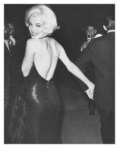 Unknown - Marilyn Monroe, Looking Back 1962