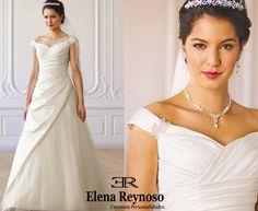 Elena Reynoso , Encontraras gran variedad de vestidos en nuestra tienda .